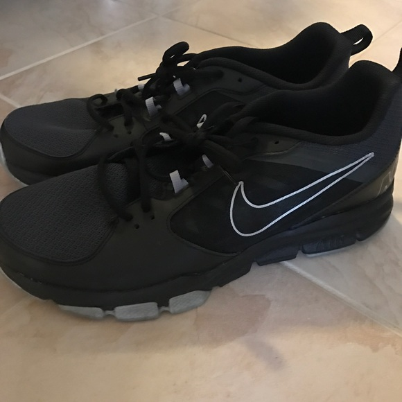 44% De Descuento Nike Nike Nike Zapatos Hombres Air Zapatillas Poshmark a247d4
